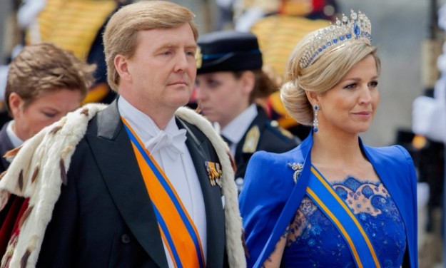 dutch-king-willem-alexander-with-wife-maxima-and-animal-pelt